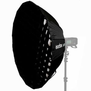 Godox AD-S65 je izuzetno kvalitetan brzosklopivi softbox namenjen za upotrebu sa Godox AD400, AD300, ML-60 glavama koje imaju godox kacenje.